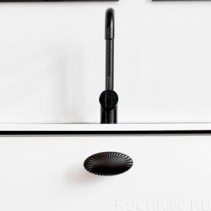 Ручка-кнопка 74х36 мм